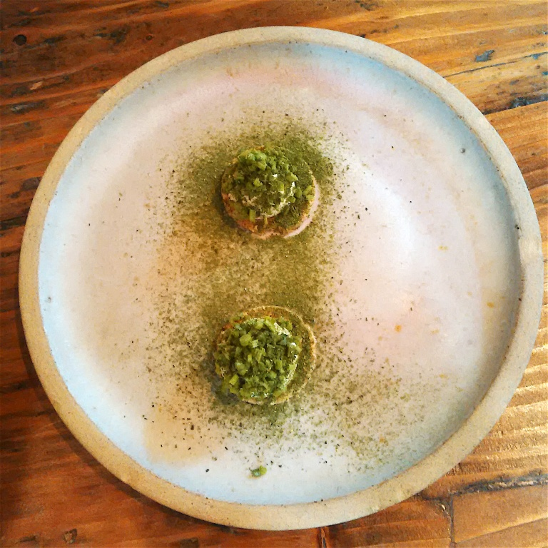 Oat cake with smoked cod mousse with green tea powder