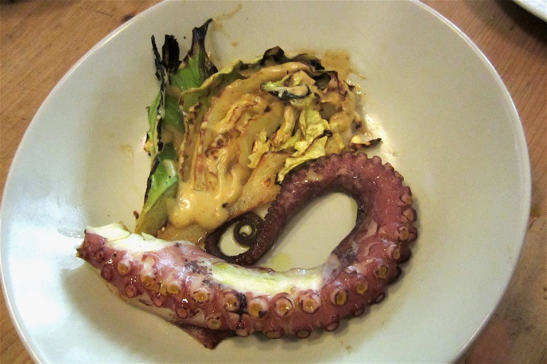 Octopus with king cabbage and farinheira