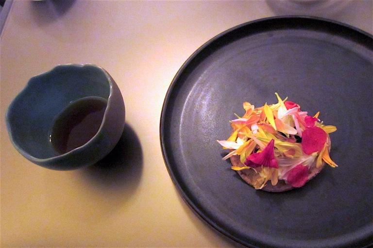 Crunchy piadina, sea urchin, burrata, Roasted potato broth (by Yoji Tokuyoshi)