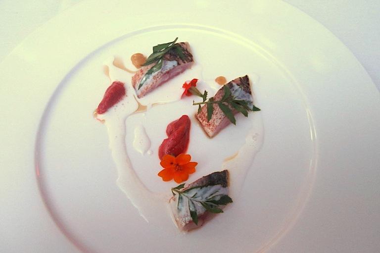 Carpaccio, sea urchin, bergamot and almond