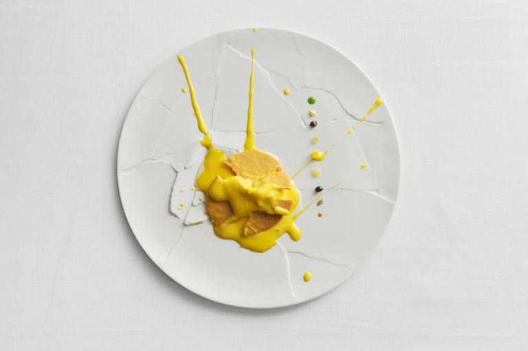 Oops I dropped the lemon tart. Photo: Paolo Terzi